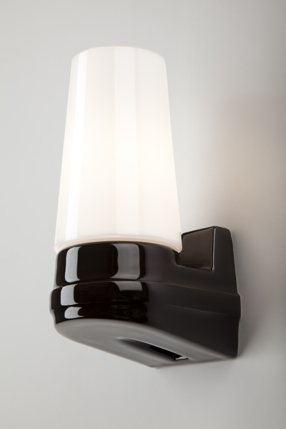 Bernadotte Single Wall Light Old School Electric